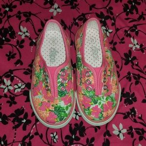 🍂3/$20 Nwot circo tropical print shoes
